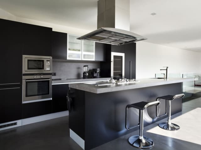 Remodeling Kitchen in Calabasas